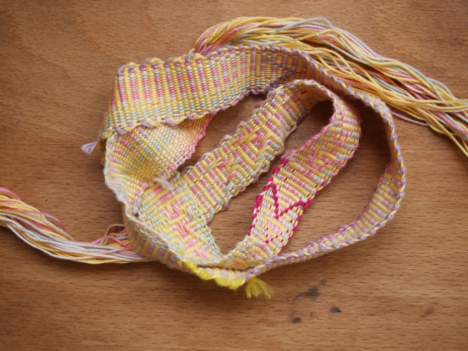 yellow belt curl backstrap