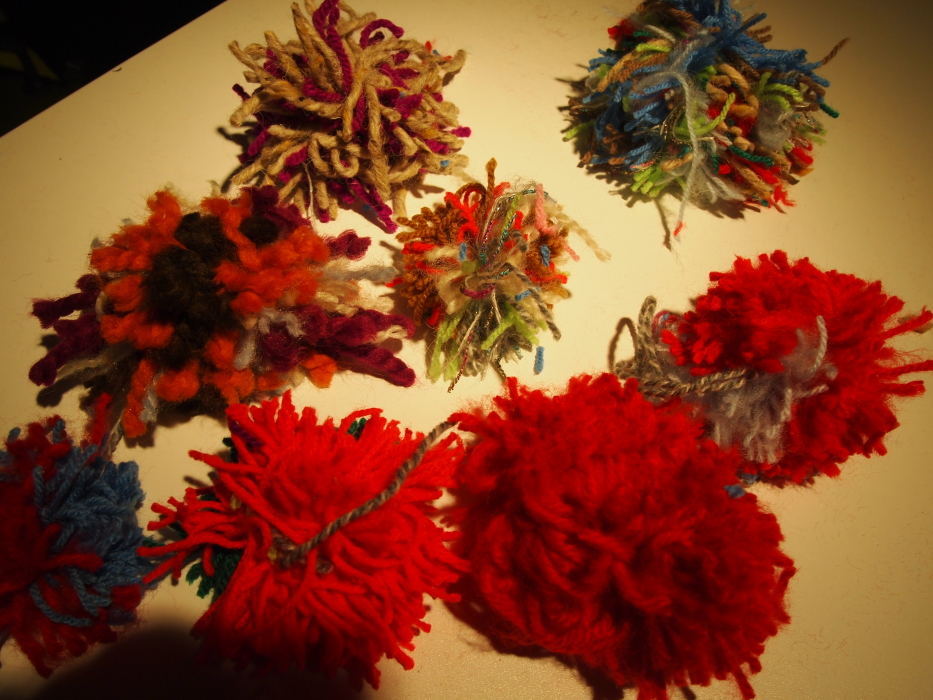 scraggly pompoms